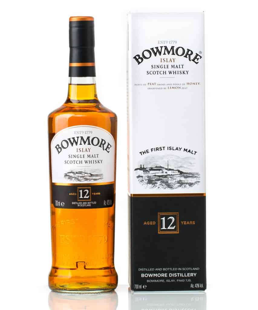 twelve years old  single malt scotch whisky Bowmore