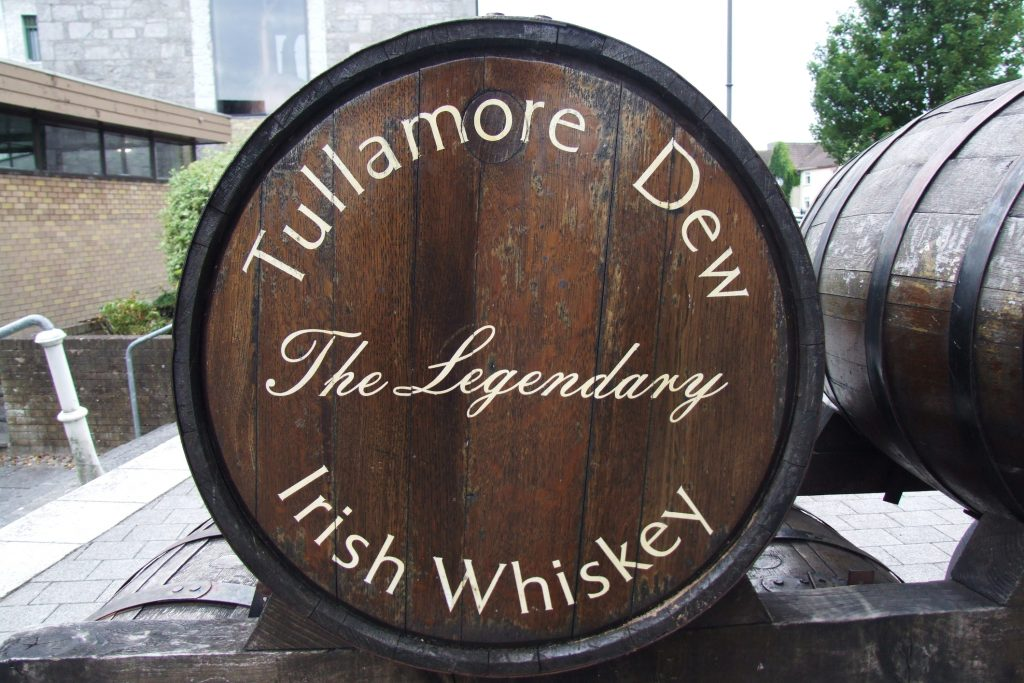 Tullamore DEW Traditional Irish Whiskey Barrel