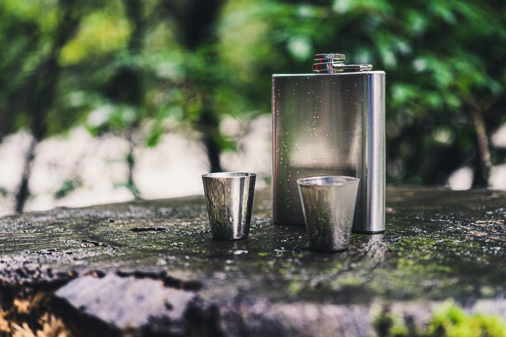 Whiskey flask overview